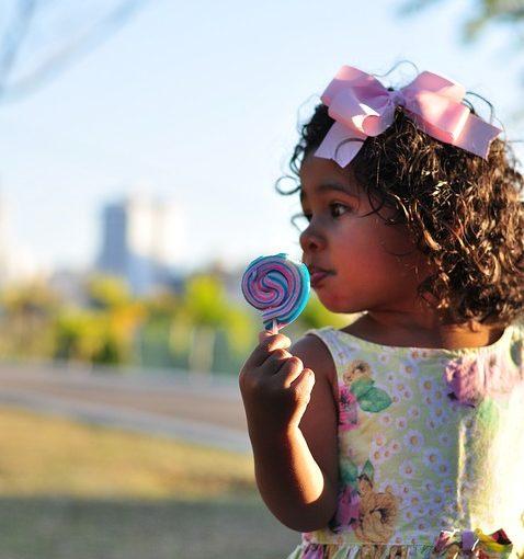 Alimente interzise și alimente limitate în alimentația copilului